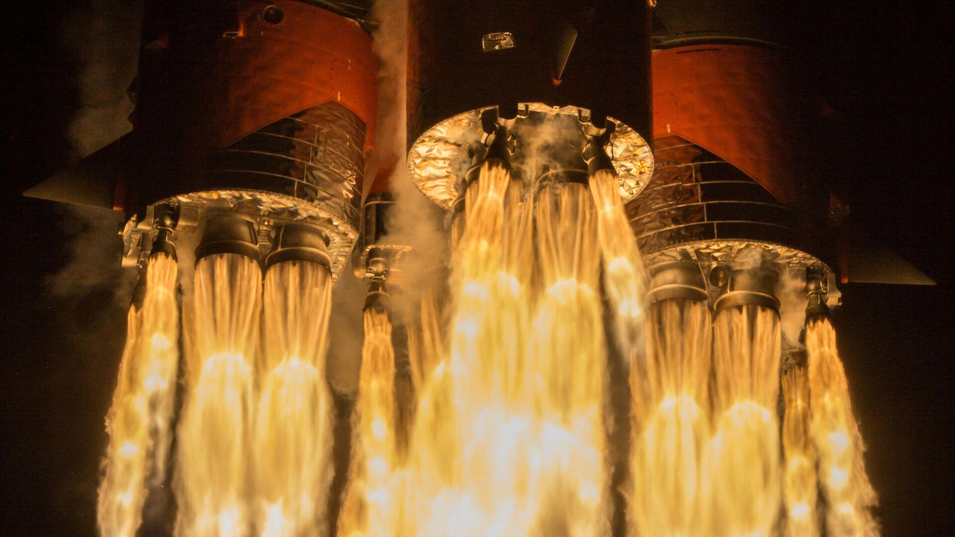 Пуск ракеты-носителя Союз-2.1б с разгонным блоком Фрегат и 34 космическими аппаратами OneWeb на борту с космодрома Байконур - РИА Новости, 1920, 24.03.2021