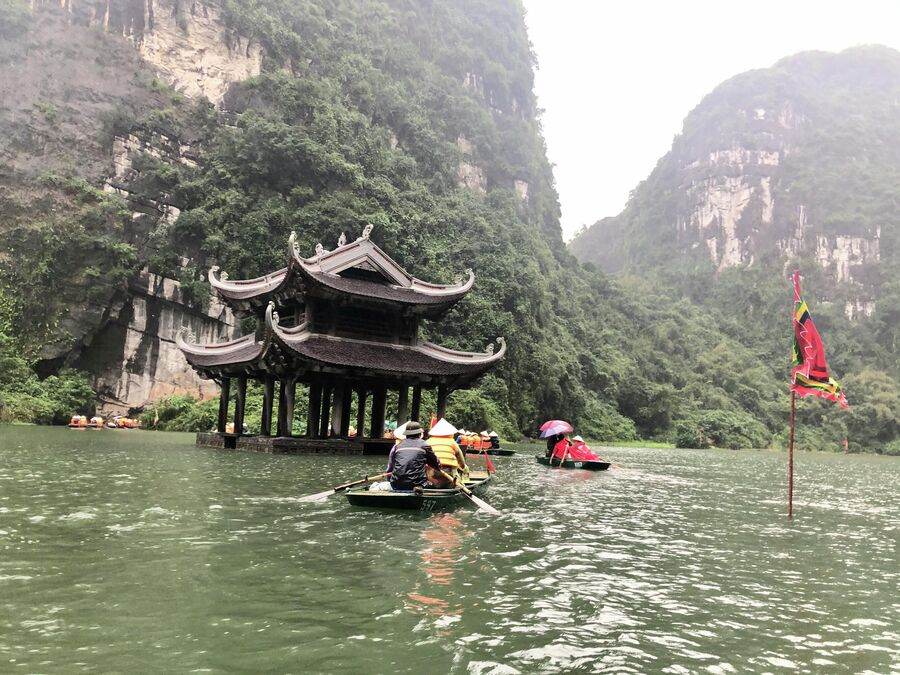 Там Кок, Вьетнам