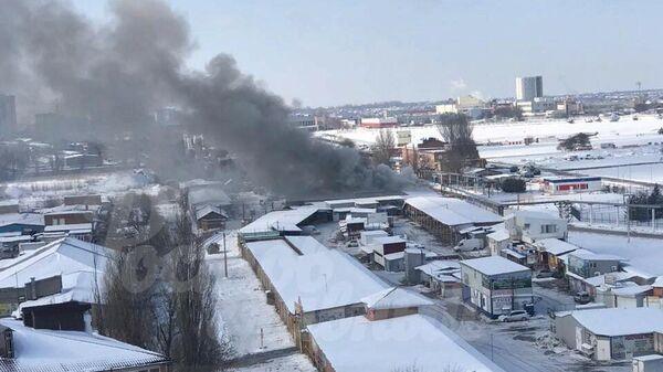 Пожар в складских помещениях на улице Врубовой в Ростове-на-Дону. 9 февраля 2020