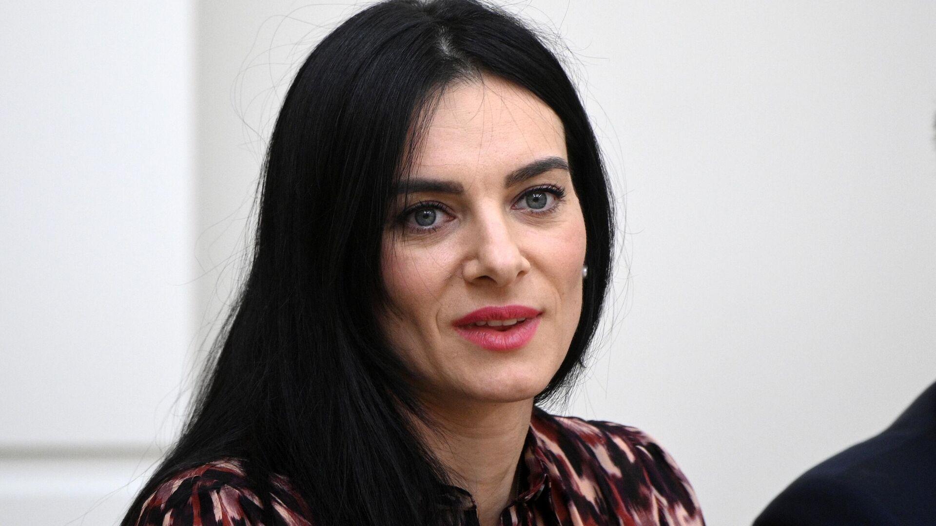 Елена Исинбаева - РИА Новости, 1920, 28.07.2021