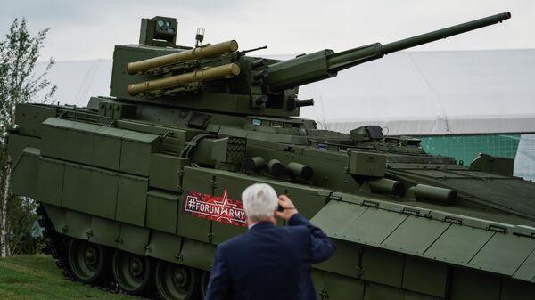Т-15 с модулем АУ220М Байкал на военно-техническом форуме Армия-2018