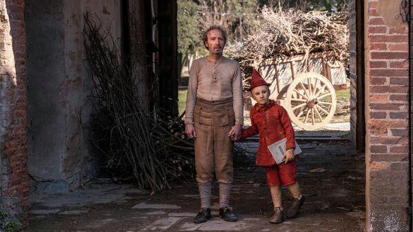 Кадр из фильма Пиноккио Маттео Гарроне