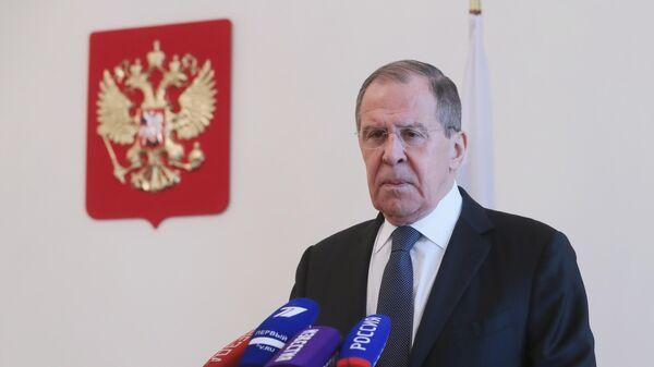 Министр иностранных дел РФ Сергей Лавров во время пресс-подхода по итогам Мюнхенской конференции по безопасности