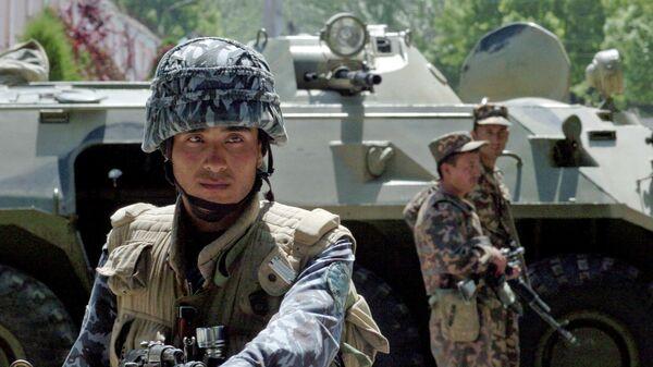 Сотрудники спецназа Узбекистана на КПП
