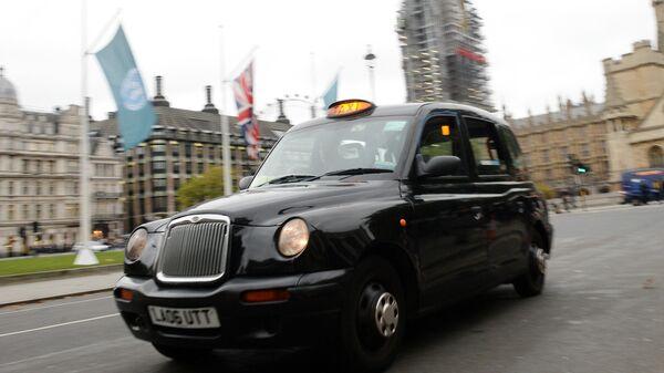 Такси на улице Лондона