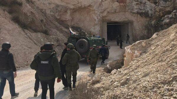 Подземные склады и штабы боевиков Хайят Тахрир аш Шам (террористическая организация, запрещена на территории РФ) в районе под Алеппо