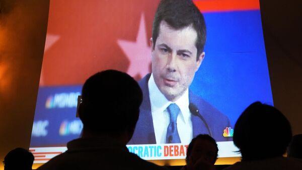 Трансляция теледебатов кандидатов в президенты США от Демократической партии