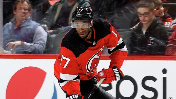 Форвард клуба НХЛ Нью-Джерси Уэйн Симмондс
