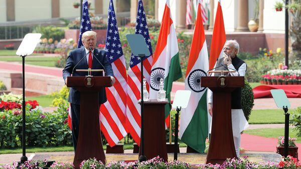 Президент США Дональд Трамп и премьер-министр Индии Нарендра Моди на совместной пресс-конференции в Нью-Дели, Индия. 25 февраля 2020