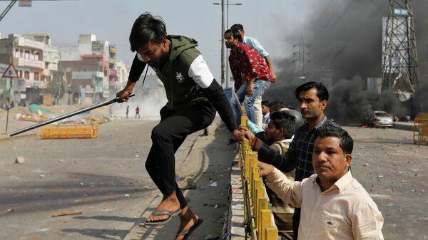 Беспорядки в Нью-Дели