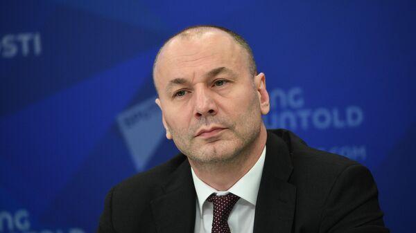 Временно исполняющий обязанности главы Рособрнадзора Анзор Музаев
