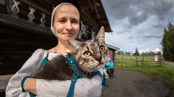 Кошка в музей-заповеднике Кижи