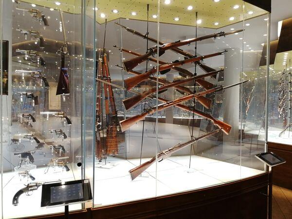 Тула. Экспонаты в музее оружия