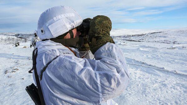 Тактико-специальные учения сухопутных и береговых войск Северного флота на полигоне в Мурманской области