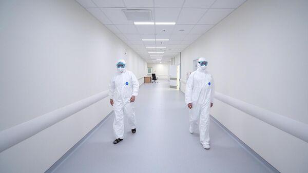 Сотрудники медицинского стационара в аэропорту Шереметьево