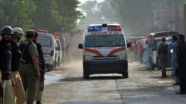 Автомобиль скорой помощи в Пакистане