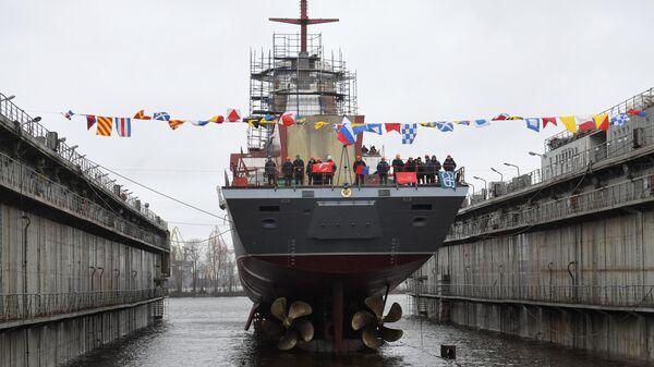 Церемония спуска на воду корвета Ретивый в Санкт-Петербурге