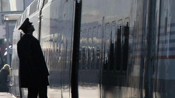 Скоростной поезд Аллегро Санкт-Петербург - Хельсинки на Финляндском вокзале