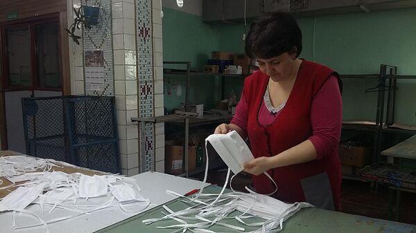 Производство многоразовых масок для защиты от коронавируса городе Алчевск, ЛНР