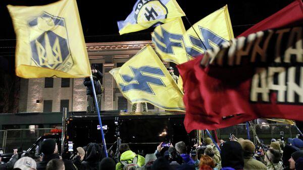 Акция экстремистов у здания посольства России в Киеве. 14 марта 2020
