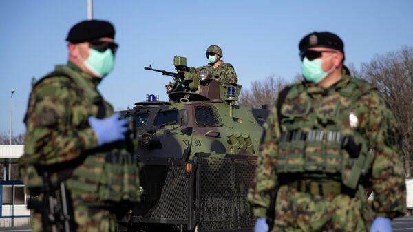 Сербские военные на границе Сербии и Хорватии