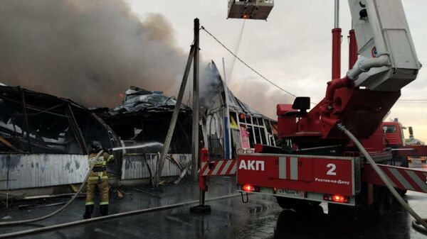 Пожар на рынке в Ростовской области