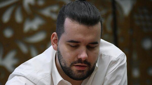 Гроссмейстер Ян Непомнящий (Россия)