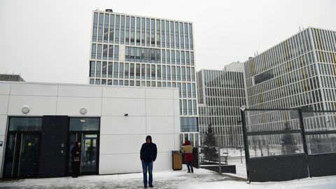 Здание больницы, предназначенной для пациентов с подозрением на коронавирус, в московском посёлке Коммунарка