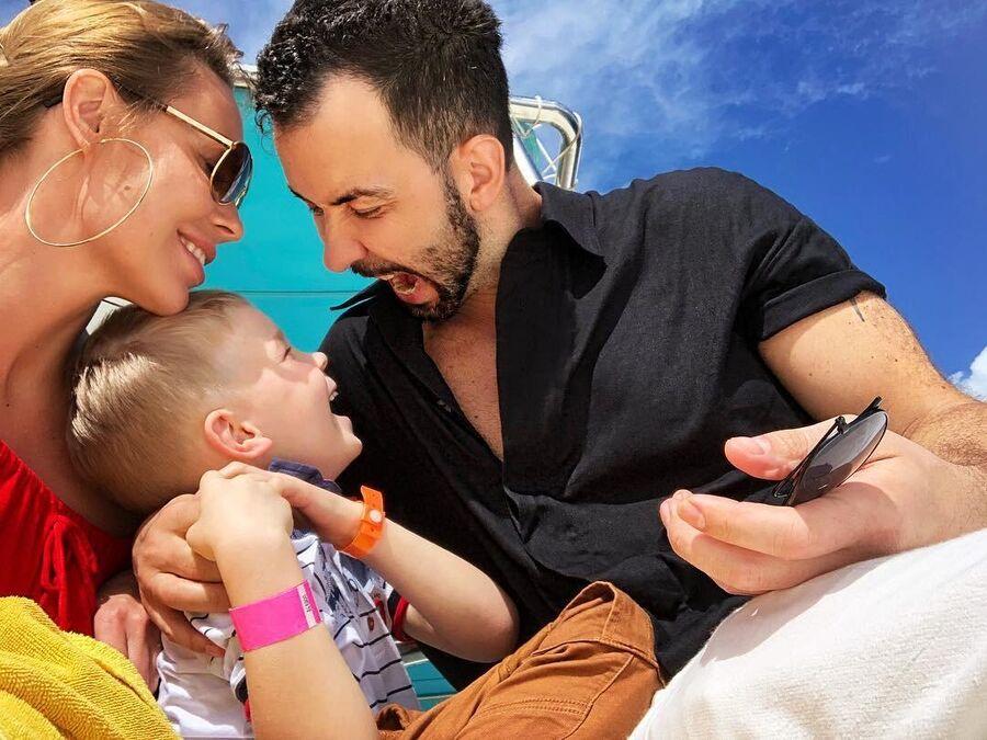 Денис Клявер с семьей в Доминикане