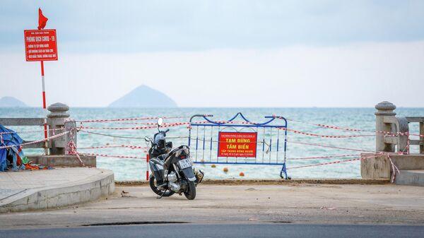 Закрытый пляж в курортном городе Нячанг во Вьетнаме