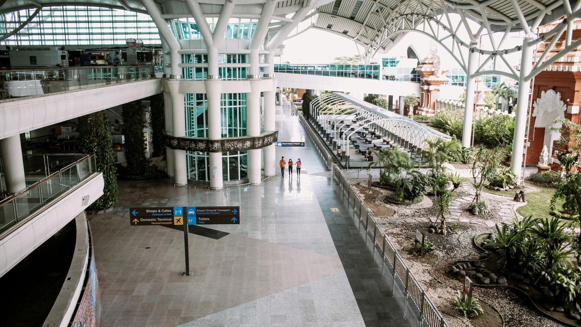 Международный аэропорт Нгурах-Рай города Денпасара на острове Бали в Индонезии - РИА Новости, 1920, 07.04.2021