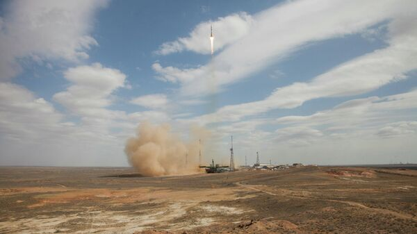 Старт ракеты-носителя Союз-2.1а с космодрома Байконур. 9 апреля 2020