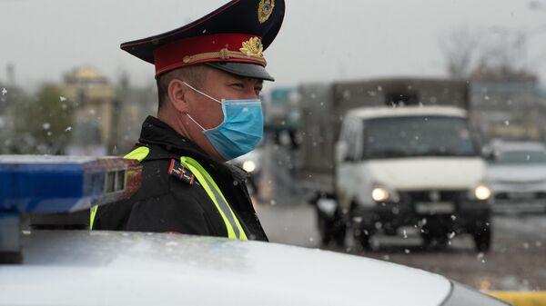 Блокпост на въезде в Алма-Ату