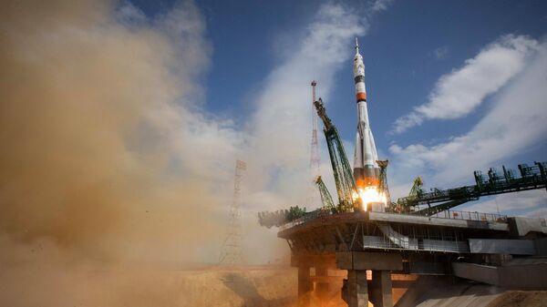 Запуск ракеты-носителя Союз-2.1а с пилотируемым кораблем Союз МС-16 с экипажем МКС-63 со стартовой площадки космодрома Байконур