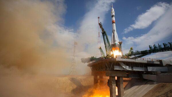 """Корабль """"Союз МС-16"""" с экипажем причалил к МКС"""