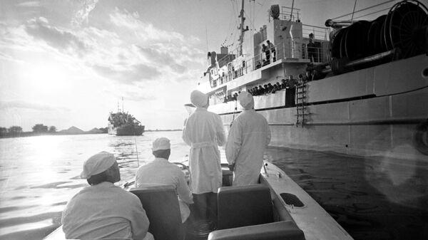 Санитарные врачи обследуют все рыболовецкие суда в Астрахани