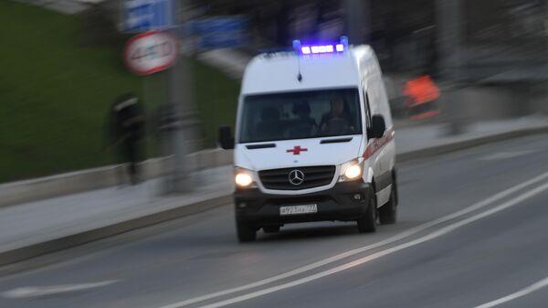 В Москве погиб рабочий из-за падения автокрана