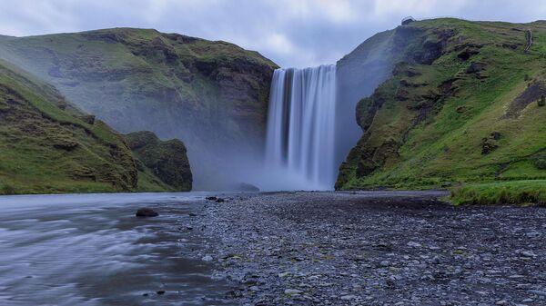 Водопад Скоугафосс в Исландии