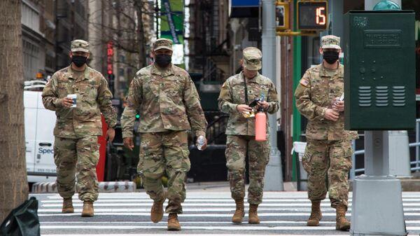 Военные на улице Нью-Йорка