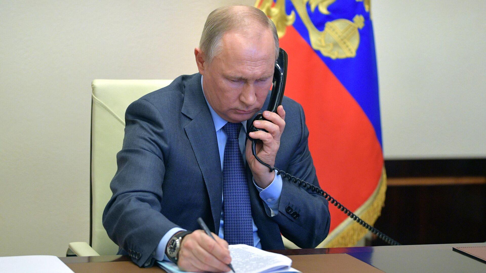 1570420389 0:242:2998:1928 1920x0 80 0 0 8fd76cf38f7850dad8464f8714c1e9f2 - Путин обсудил с президентом Южной Кореи кооперацию в борьбе с COVID-19