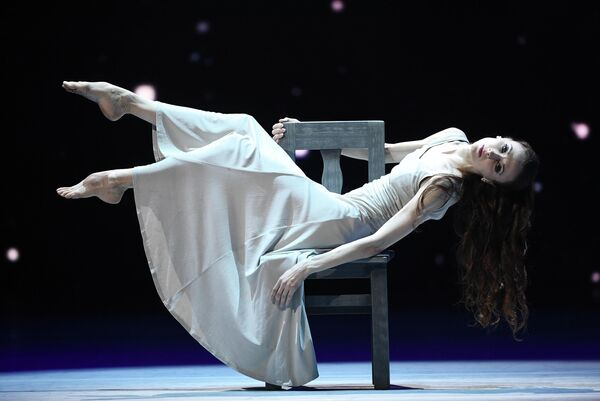 Балерина Светлана Захарова во время благотворительного концерта Мы вместе на сцене Большого театра в Москве