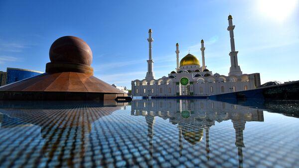 Мечеть Нур Астана в Нур-Султане