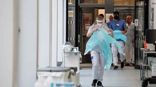 Медицинские работники в госпитале в Стокгольме, Швеция