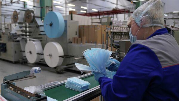 Производство медицинских масок и респираторов в технополисе Москва