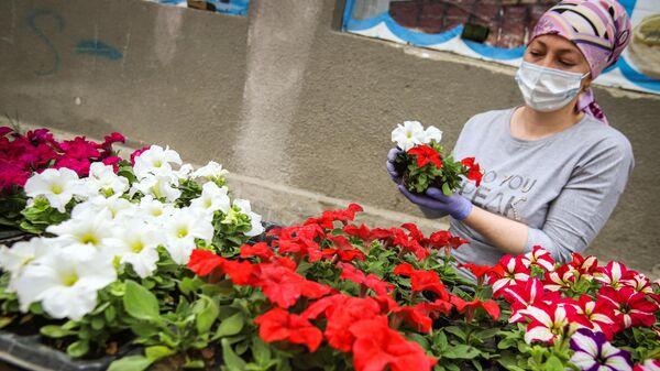 Продажа цветов на ярмарке выходного дня Покупай ставропольское в Кисловодске