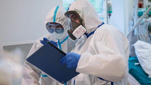 В России за сутки выявили 6736 случаев заражения коронавирусом