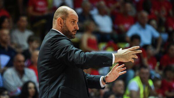 СМИ: АСВЕЛ сообщил тренеру об увольнении по электронной почте