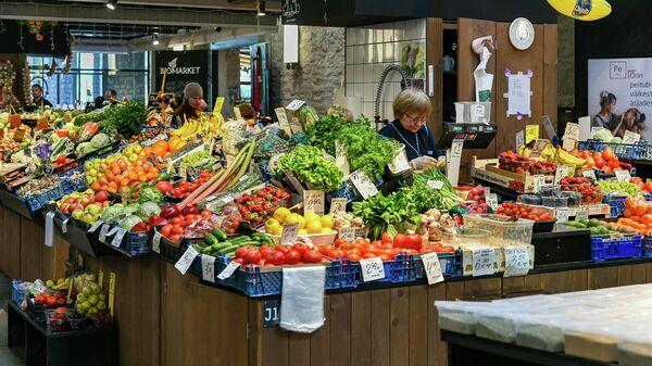Продуктовый рынок в Таллине, Эстония