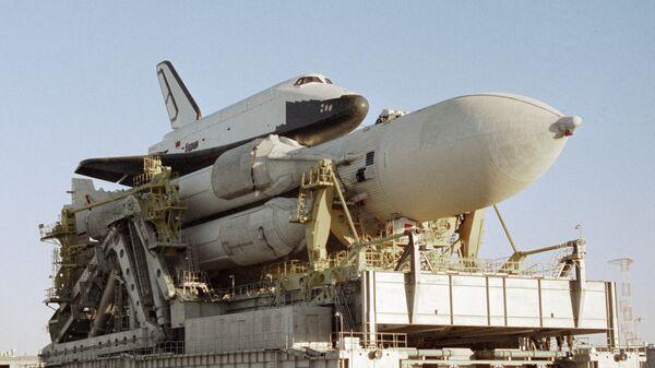 Ракетно-космическая система Энергия, в состав которой входят ракета-носитель и корабль многоразового использования Буран