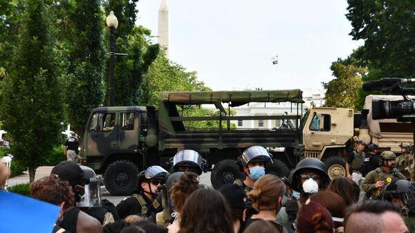 Протесты у Белого дома в Вашингтоне